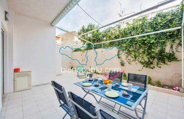 B&B Bianco e Blu - Marina di Ragusa - Gaya gaya new holiday apartment in the centre of Marina di Ragusa terrace