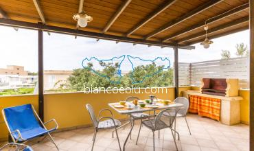 Muse Muse holiday house close to the beach and in the promenade of Marina di Ragusa terrace
