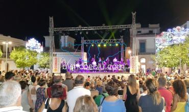 B&B and Holiday Apartments in Marina di Ragusa - 0_marina_di_ragusa_eventi e musica